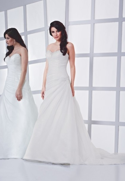 Kollektion Brudklänningar onlinebutik i Sverige-klänningar online
