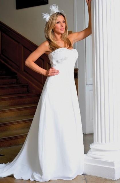 Rabatt A-line steglös Golv Längd Ovanlig bröllopsklänningar Aline bröllopsklänningar